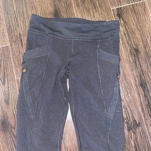 Lulu lemon black leggings with pockets!